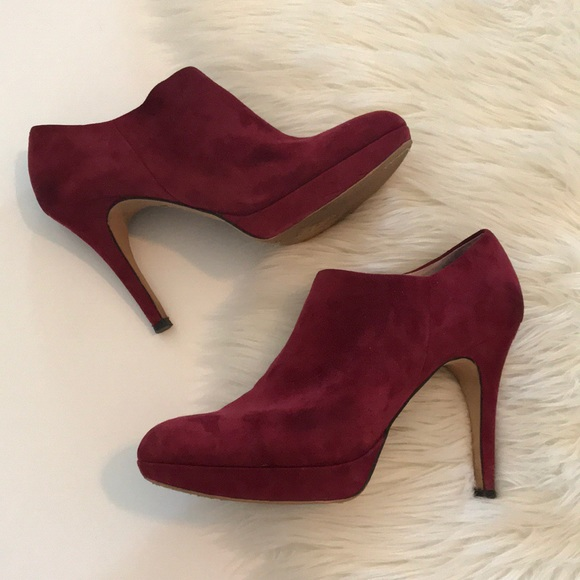 Vince  Camuto Schuhes  Vince  Burgundy Suede Booties   Poshmark cef00a